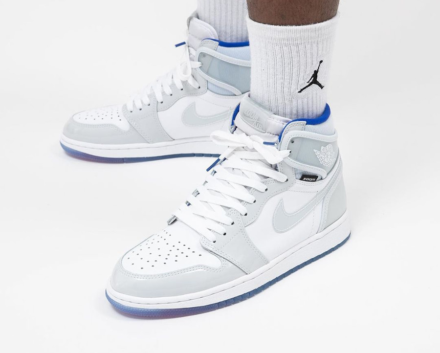 Air Jordan 1 Retro High Zoom Racer Blue (2)