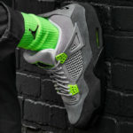 Air Jordan IV Retro '95 Neon Volt'