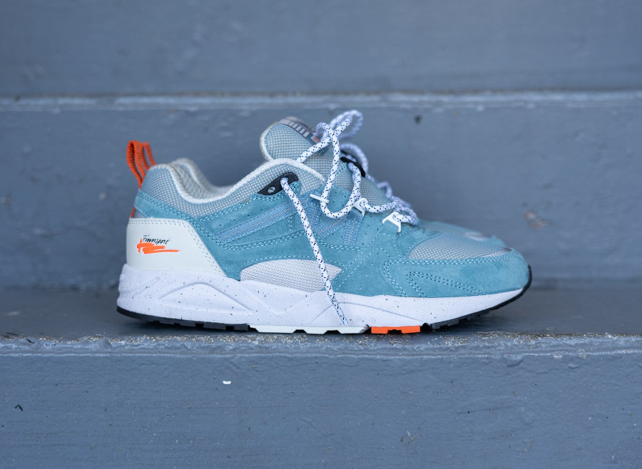 Karhu Fusion 2.0 'Cameo Blue Lily White' (True to Form) (2)
