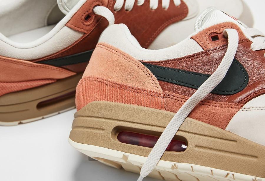 Nike-Air-Max-1-City-Amsterdam-Red-Bark-Khaki-Terra-Blush-2
