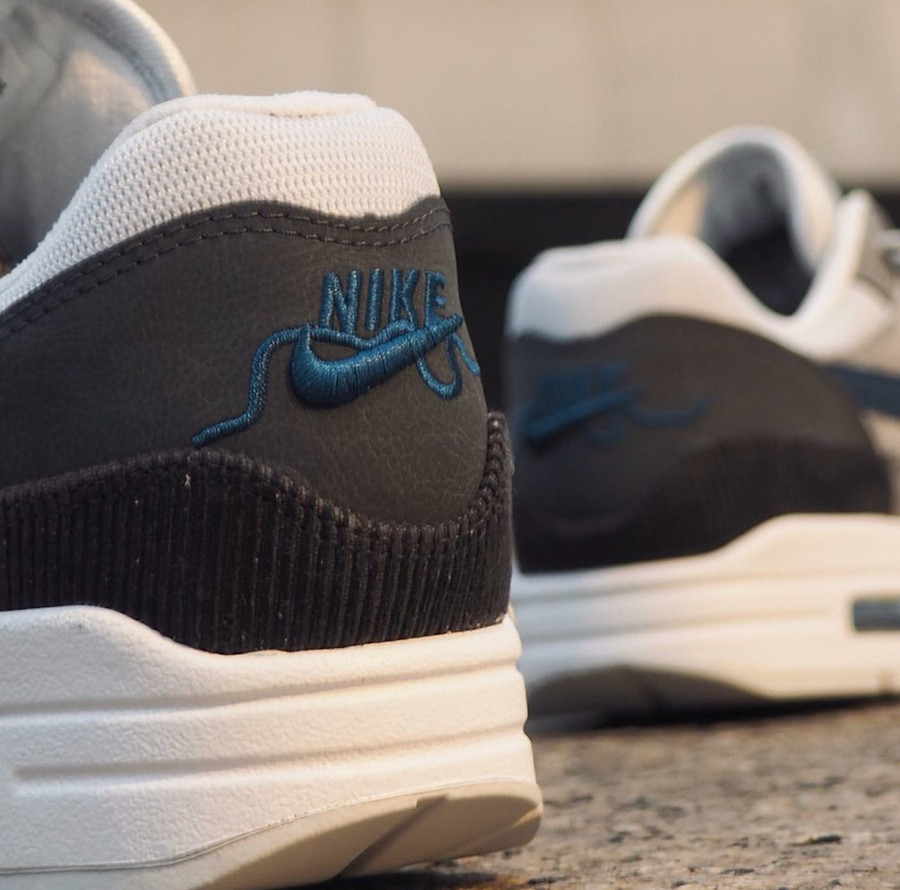 Nike Air Max 1 City Pack 'London' Smoke Grey Valerian Blue (1)