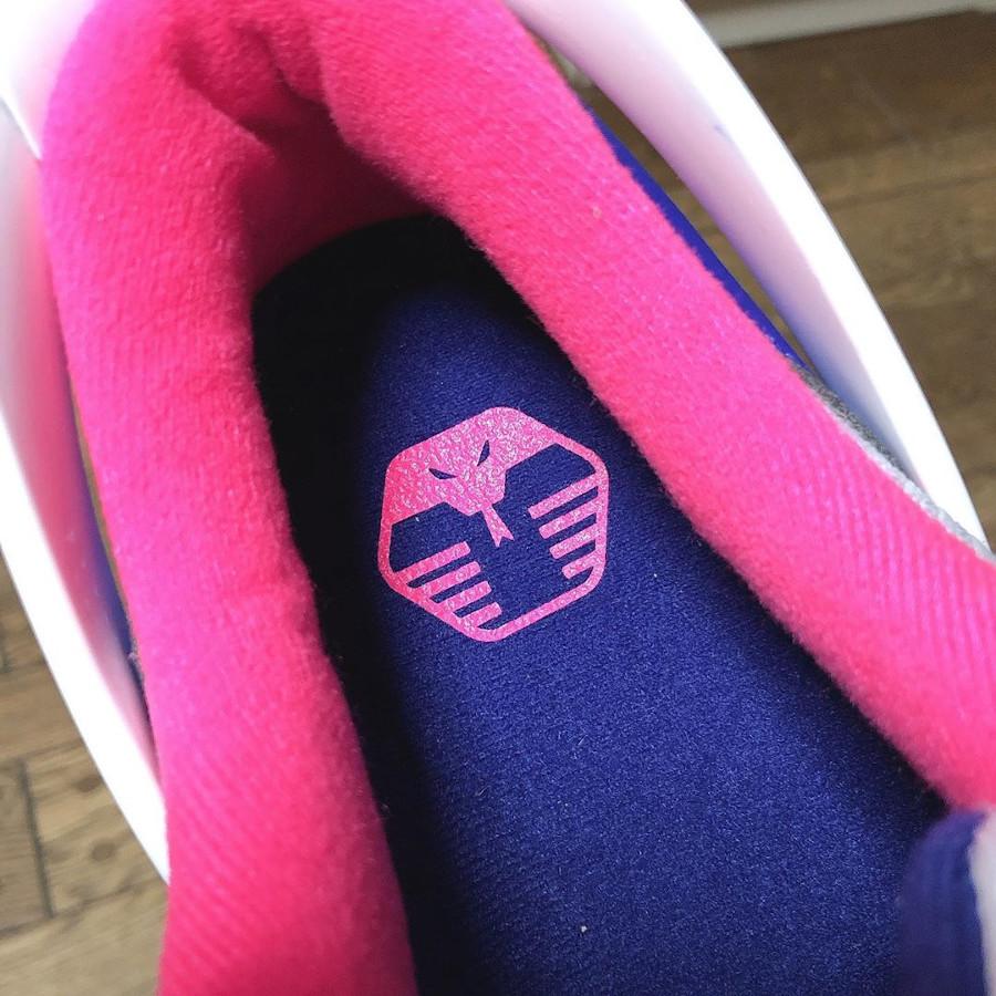 Nike Air Max 90 Flyease Deep Royal Blue Hyper Pink (1)