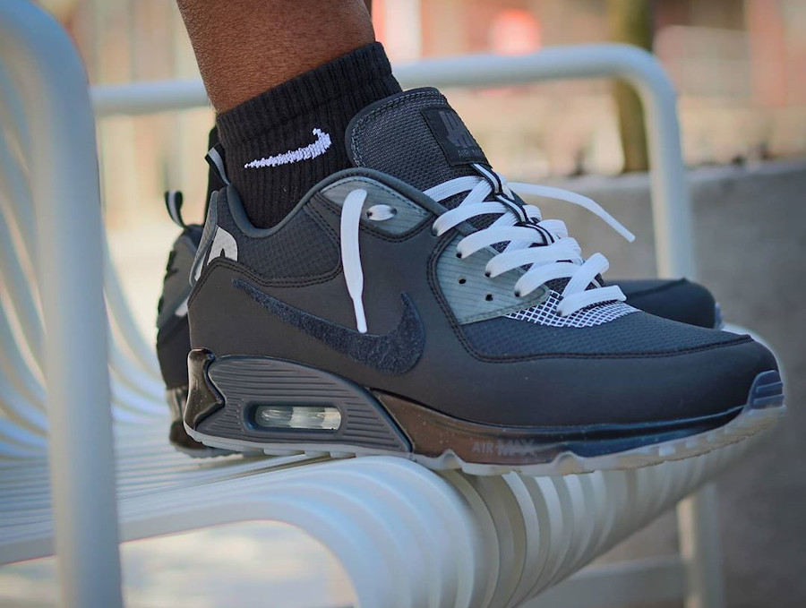 Nike Air Max 90 UNDFTD Undefeated Black CQ2289-002 (2)