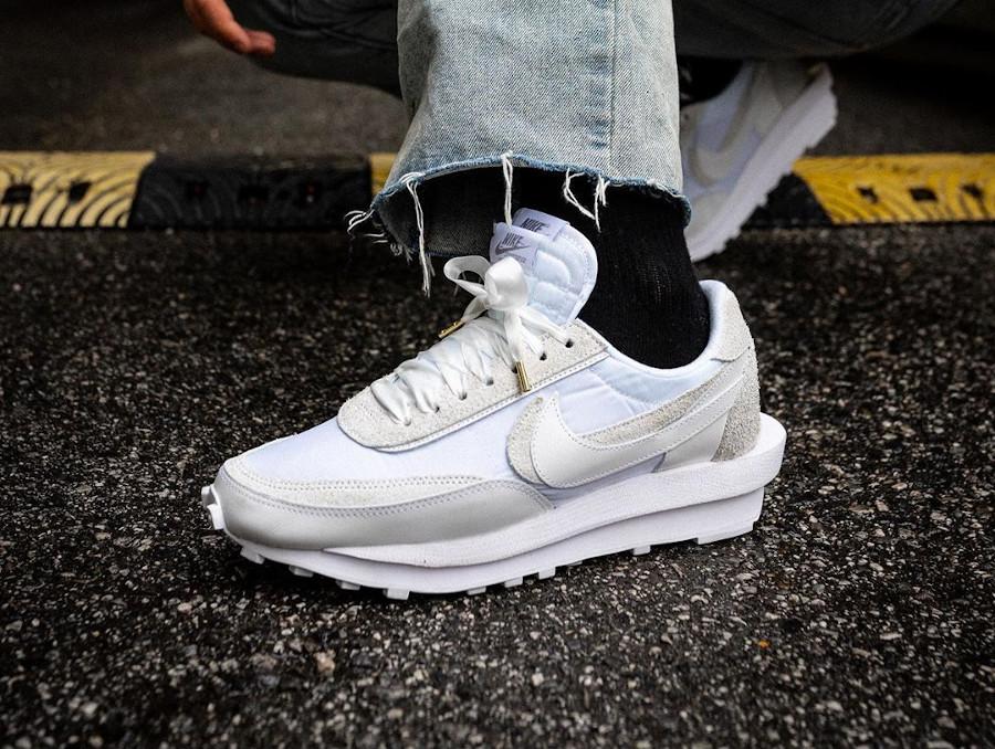 Nike LDWaffle Sacai 2020 blanche 'White' BV0073-101 (1)
