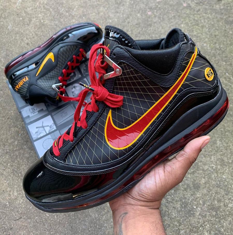 Nike Lebron 7 QS Fairfax 2020 Black Varsity Maize (1)