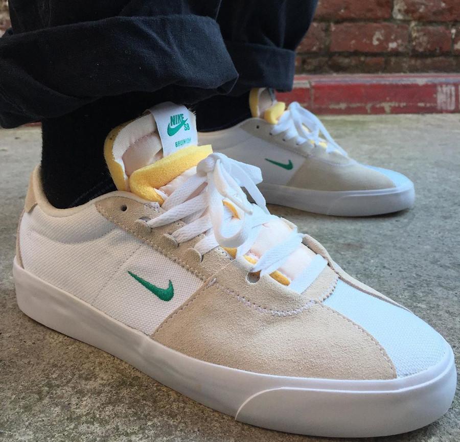 Nike SB Zoom Bruin Edge Hack Pack on feet (2)