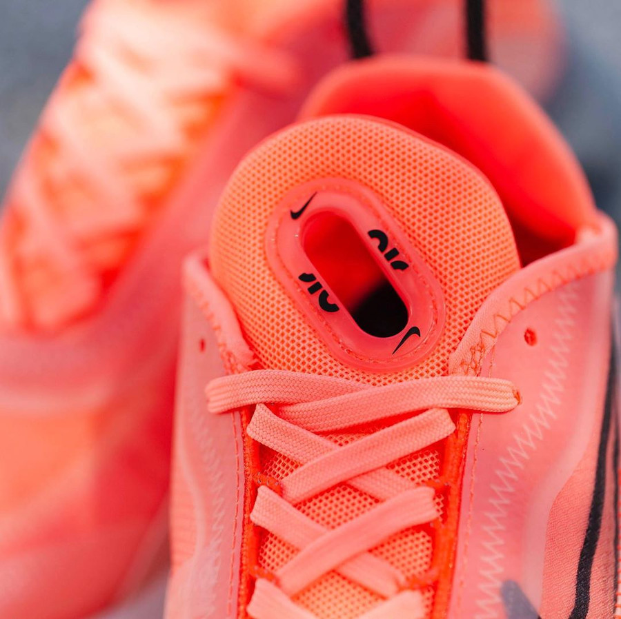 Nike Wmns Air Max 2090 Lava Glow Black Flash Crimson (0)