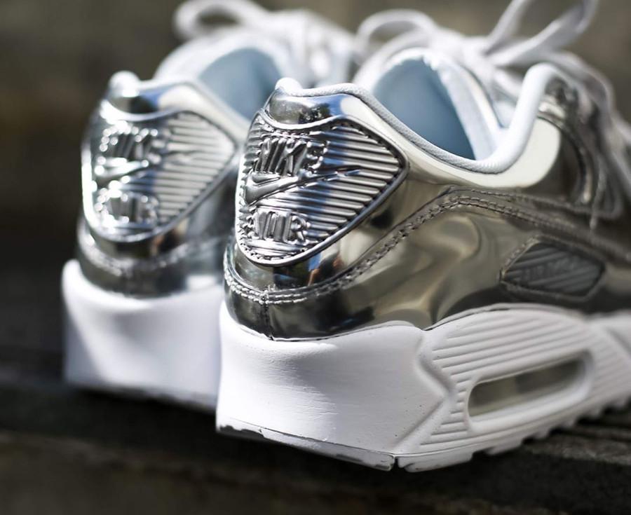 Nike Wmns Air Max 90 SP Metallic Pack 'Chrome' (2)