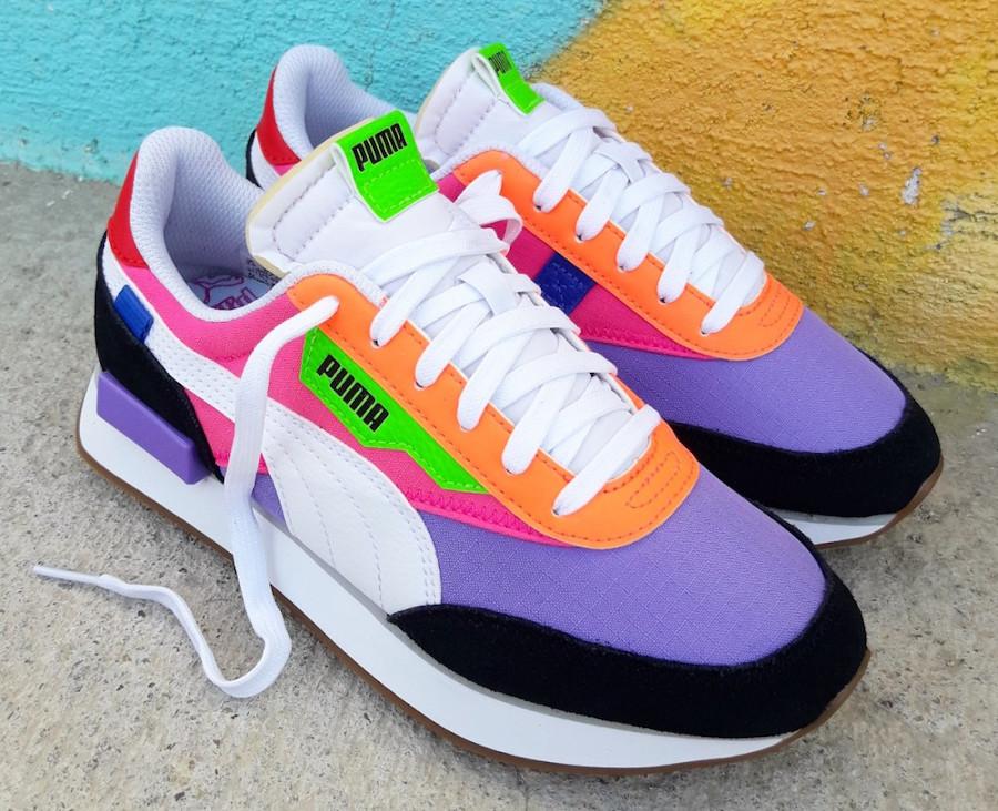 Puma-Future-Rider-Play-On-Wns-Multicolor-Luminous-Purple-Fluo-Pink-2