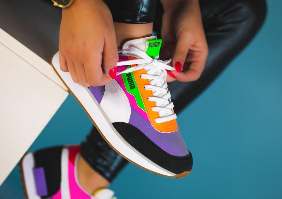 Puma-Future-Rider-Play-On-Wns-Multicolor-Luminous-Purple-Fluo-Pink-on-feet-1