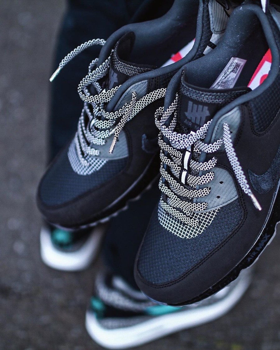 Undefeated x Nike Air Max 90 'Black Anthracite' (1-1)