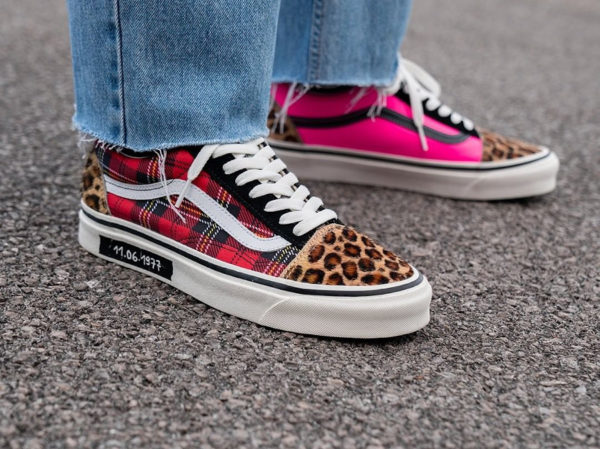 Vans Old Skool Size Exclusive 2020 Three Stages of Punk on feet
