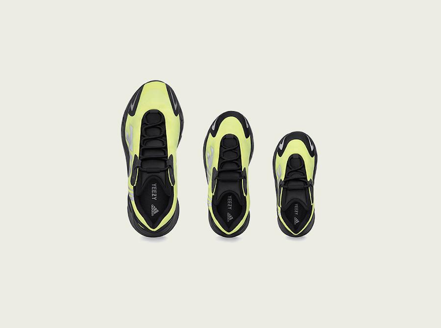 Adidas Yeezy 700 Boost MNVN Phosphor sortie en france (3)