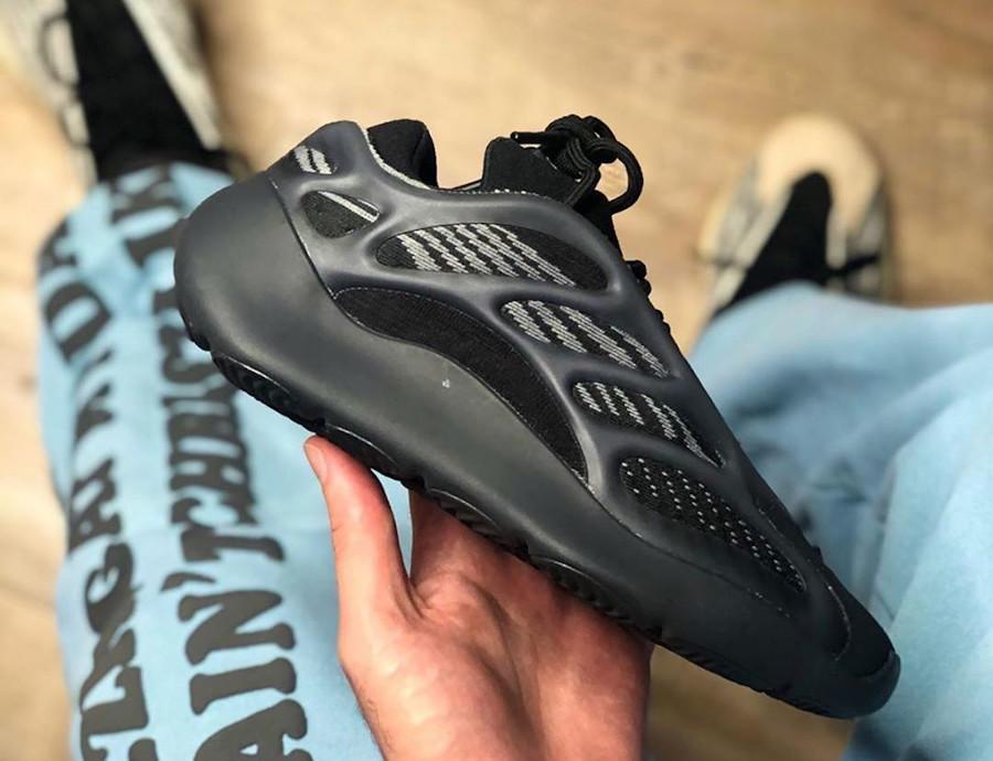 Adidas Yeezy 700 V3 noir Alvah H67799
