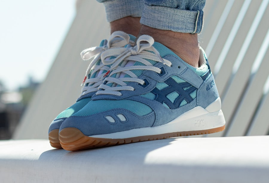 Asics Gel Lyte 3 OG Monozukuri Smoke Blue on feet 1191A364-400 (1)