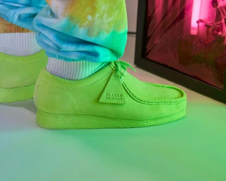 Clarks Wallabee Neon Suede Green Lime
