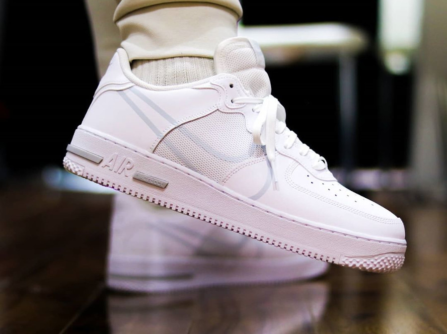 nike air force 1 react blanche