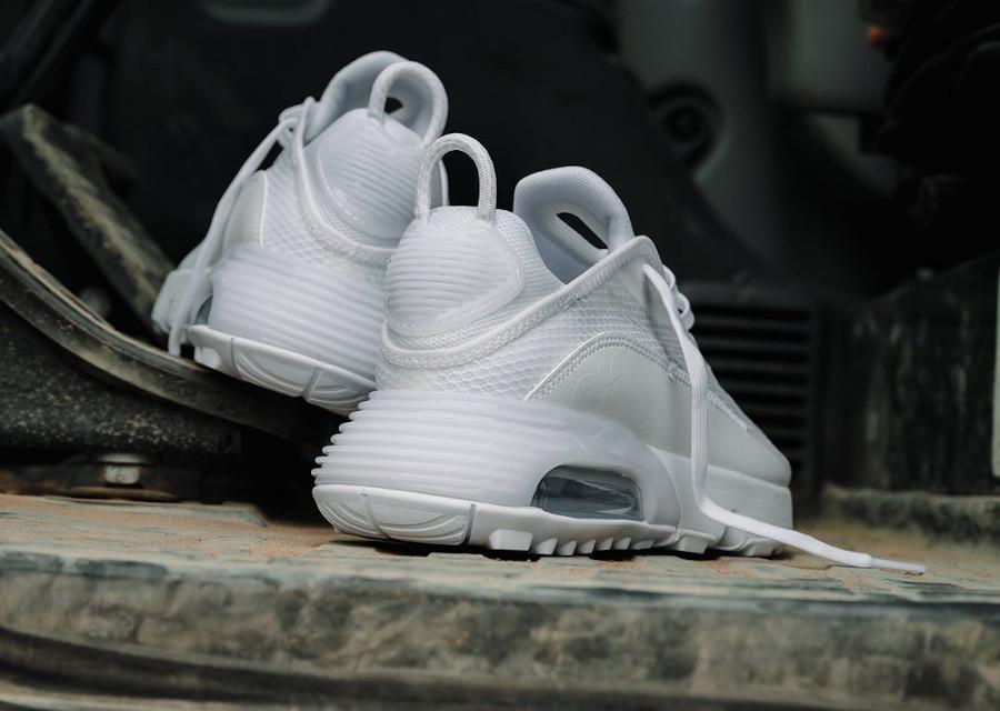 Nike Air Max 2090 blanche (1)