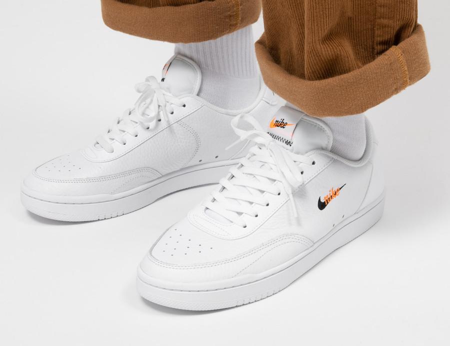 Nike-Court-Vintage-Premium-White-Total-Orange-3