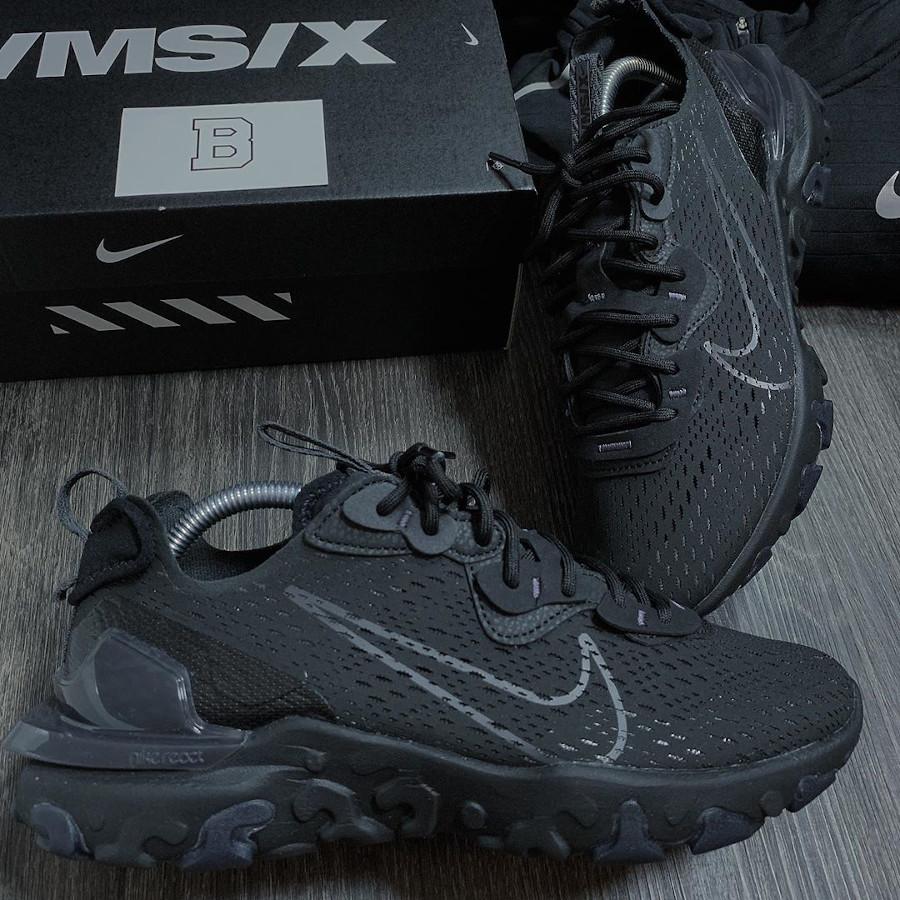 Nike React Vision DMSX Triple Black (2)