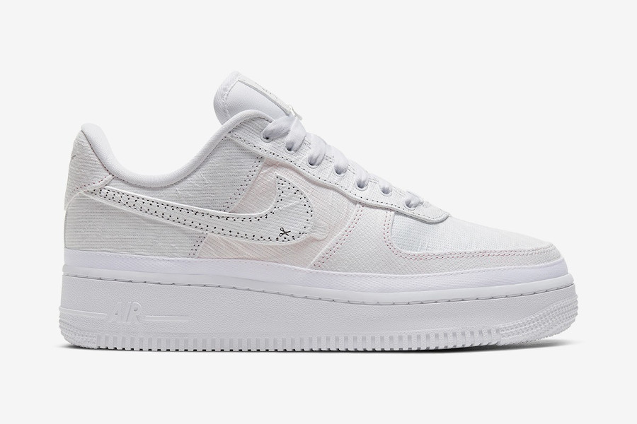 Nike Wmns Air Force 1 'Reveal' Tear Away (4)