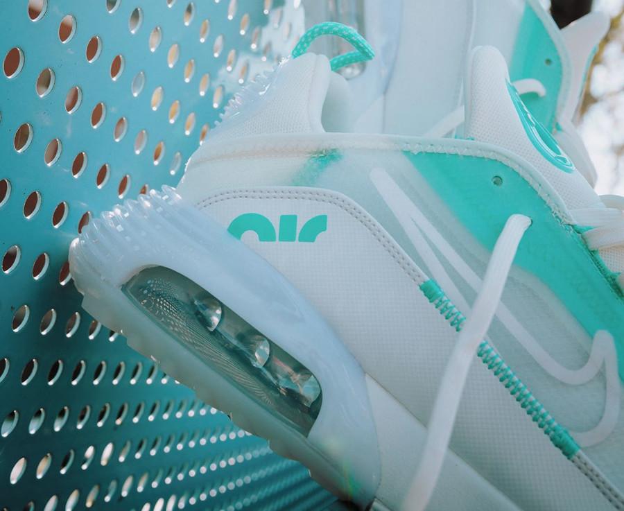 Nike Wmns Air Max 2090 'Aurora Green Sail Summit White' (2)