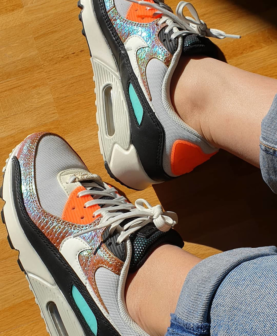 Nike Wmns Air Max 90 Gold Reptile on feet (1)