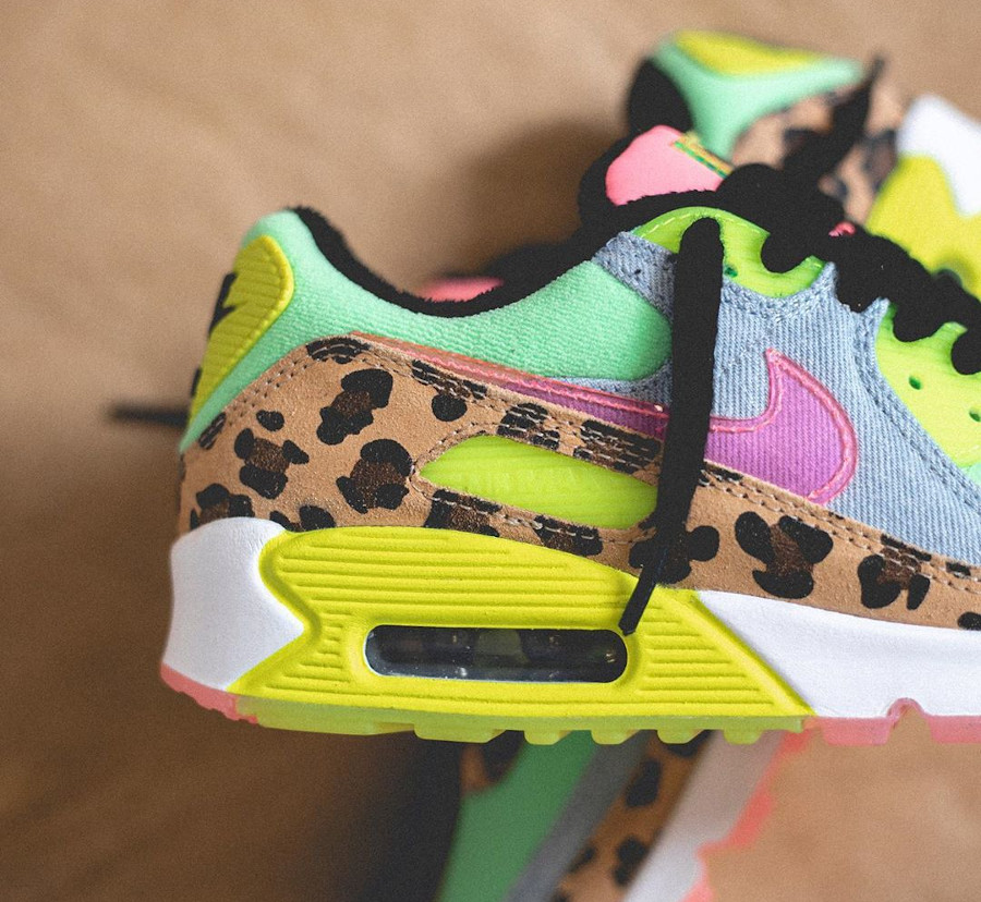 Women's Nike Air Max 90 LX Rave Party (5)