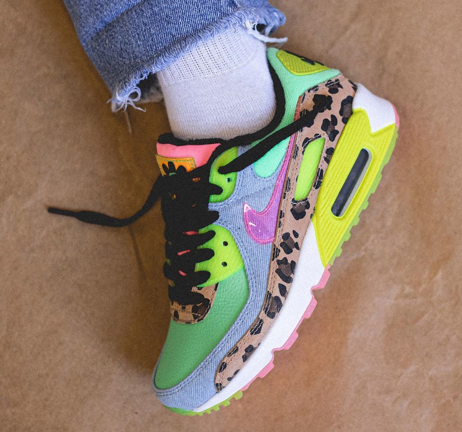 Women's Nike Air Max 90 LX Rave Party (6-1)