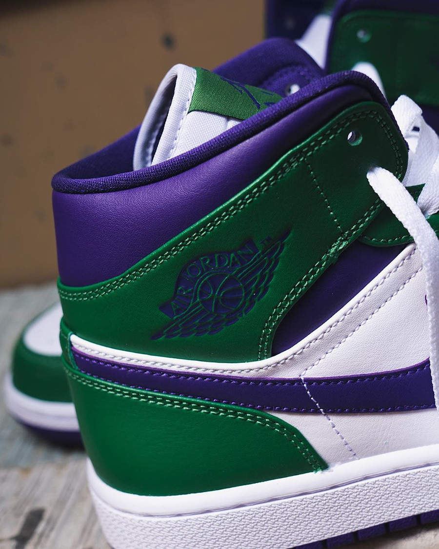 Air Jordan 1 mi-montante blanche violet et vert (1)