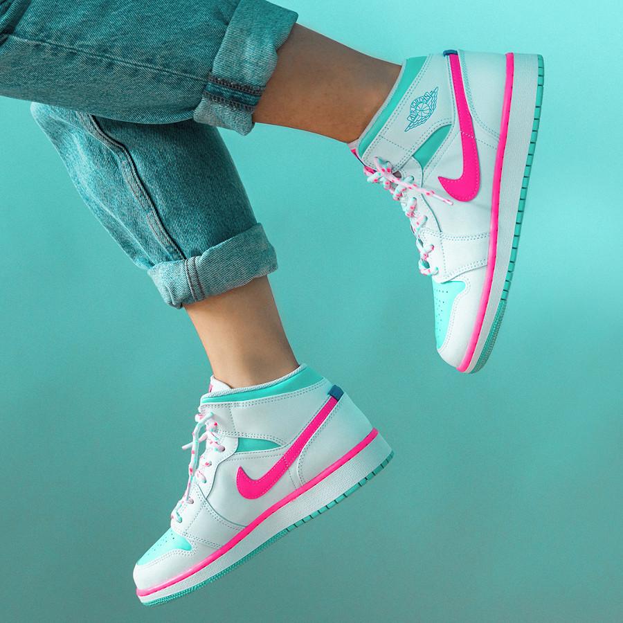 Air Jordan 1 mi-montante femme blanche rose turquoise (2)