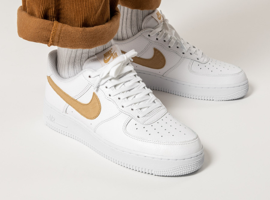Nike-Air-Force-1-LV8-Hairy-Swoosh-White-Club-Gold-5