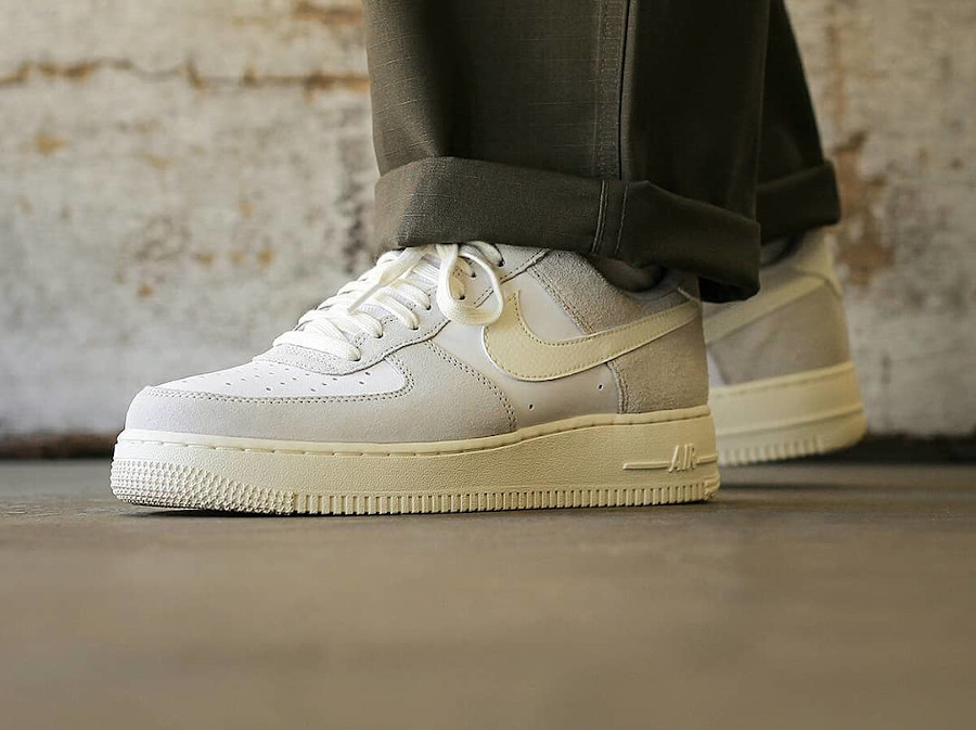 Nike Air Force 1 LV8 Sail White Platinum Tint Pack (4)