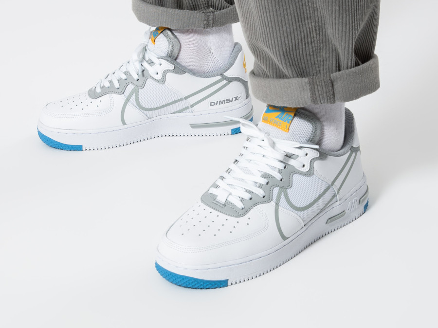 Nike-Air-Force-1-React-DMSX-blanche-grise-et-jaune-doré-3