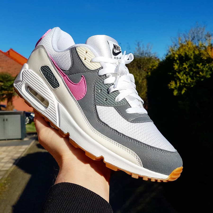 Nike Air Max 90 By You - @kicks_and_bbq