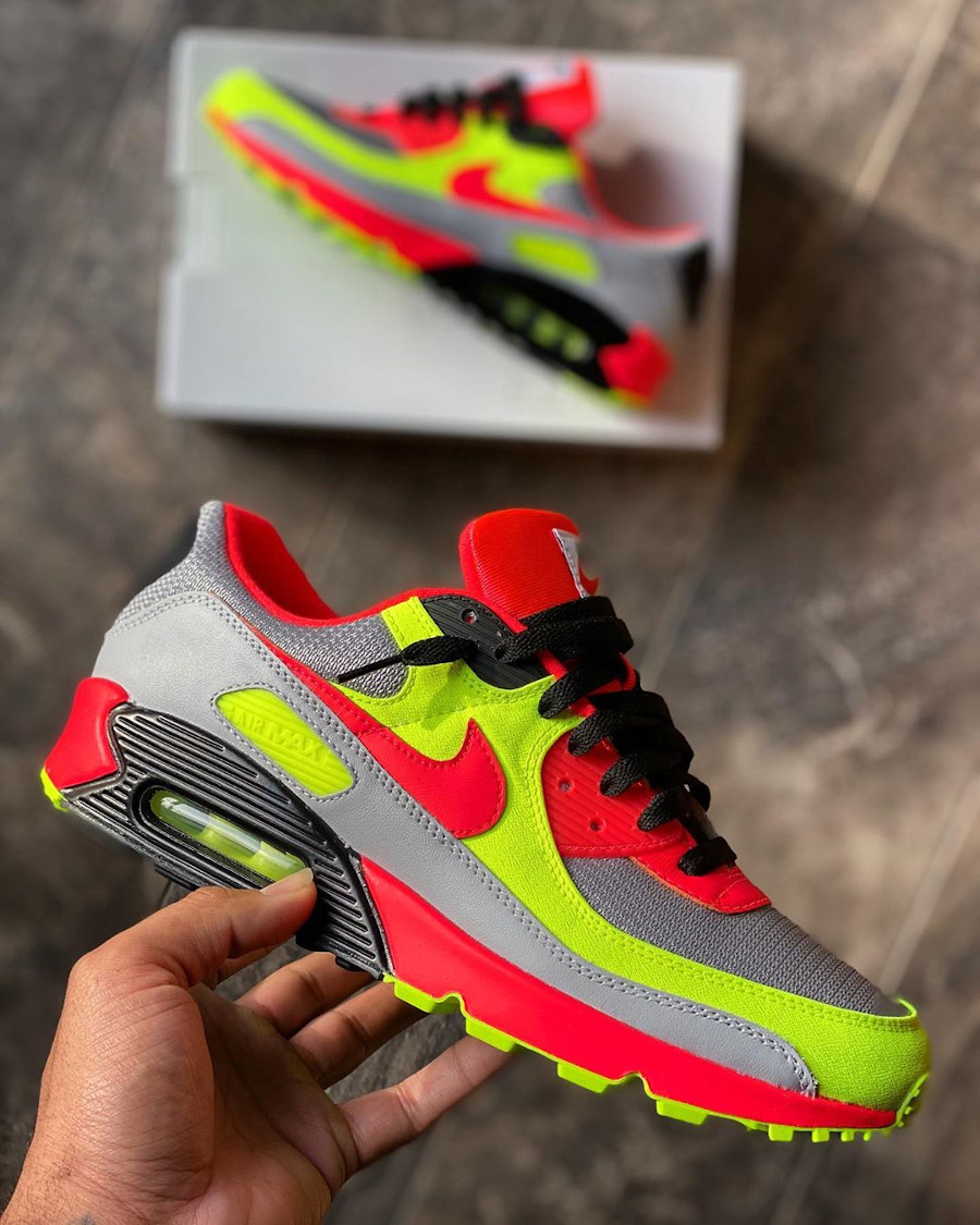Nike Air Max 90 By You - @mikeykicks