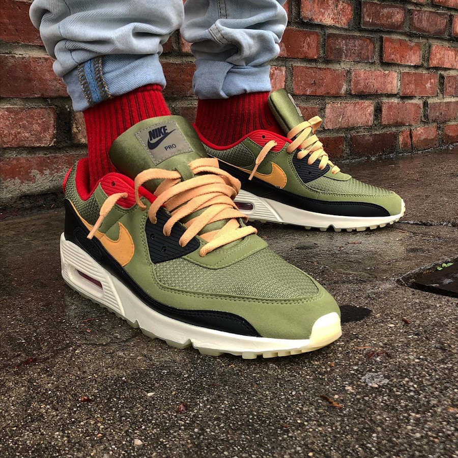Nike Air Max 90 By You Profit - @freehandprofit