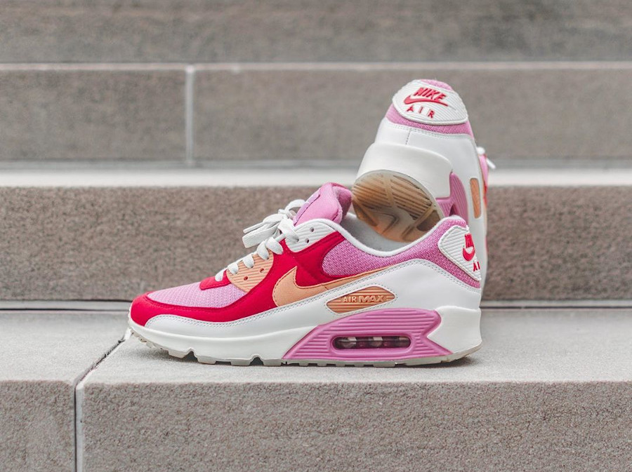 Nike Air Max 90 By You Strawberry Shortcake - @indy.sneakers (1)