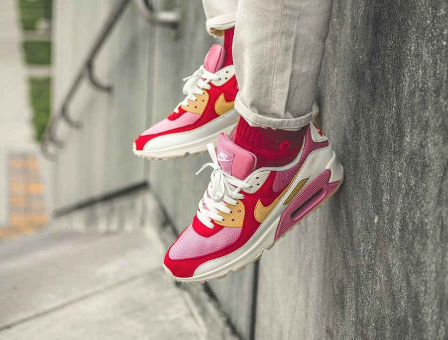 Nike Air Max 90 By You Strawberry Shortcake - @indy.sneakers (2)