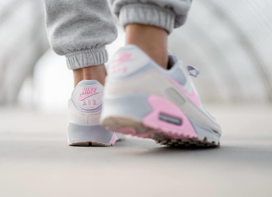 Nike Air Max 90 Recrafted grise et rose (2)