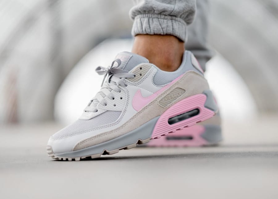 Nike Air Max 90 Recrafted grise et rose (4)
