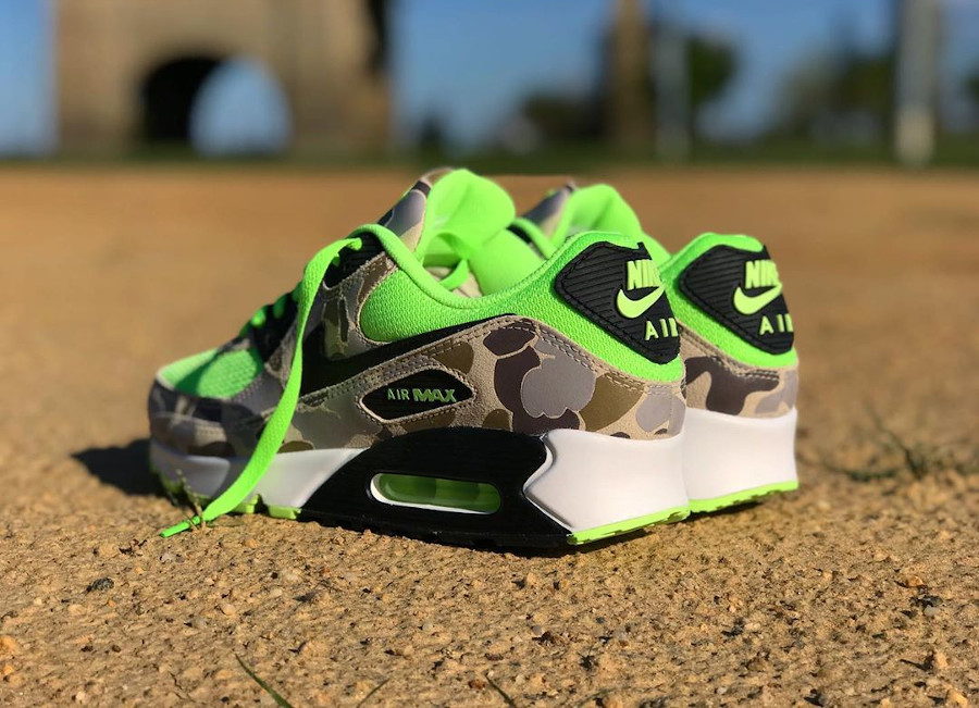 Nike Air Max 90 SP Ghost Green Duck Camo CW4039-300 (couv)