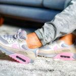 Nike Air Max 90 'Vast Grey Pink Wolf Grey'