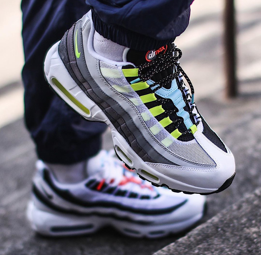 Nike Air Max 95 Split on feet (2)