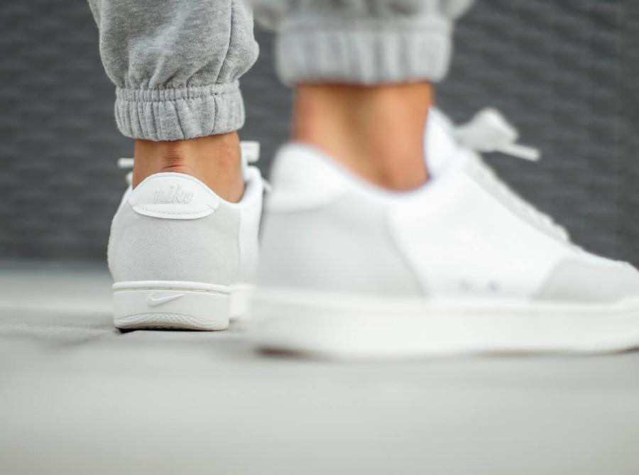 Nike Court Vintage Premium Platinum Tint Sail White (1)