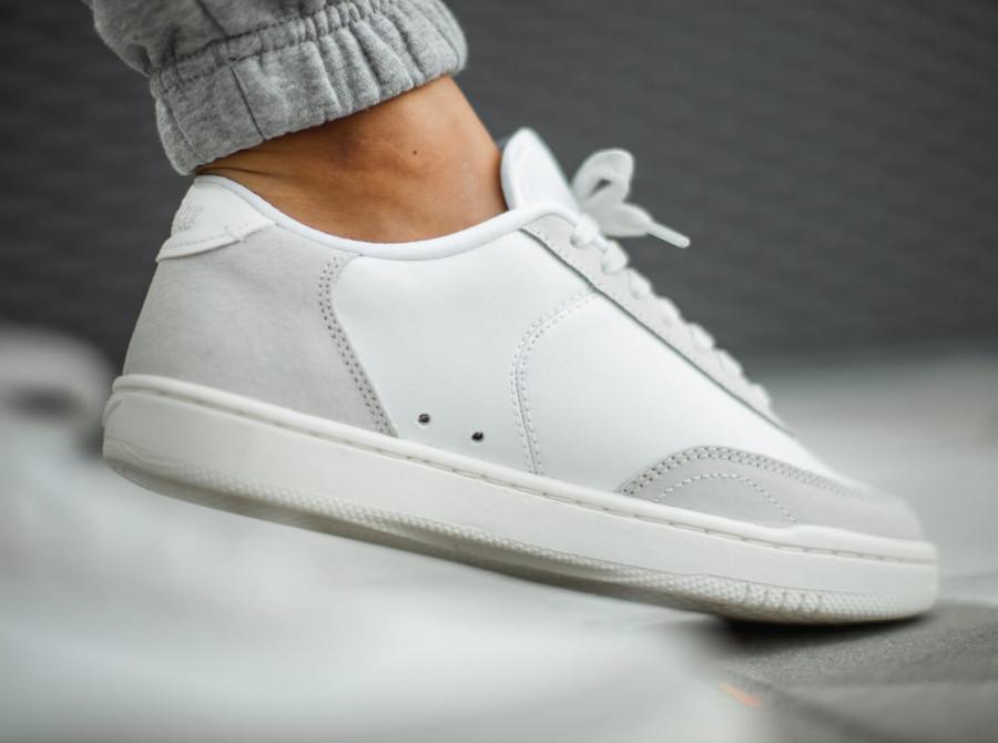 Nike Court Vintage Premium Platinum Tint Sail White (2)