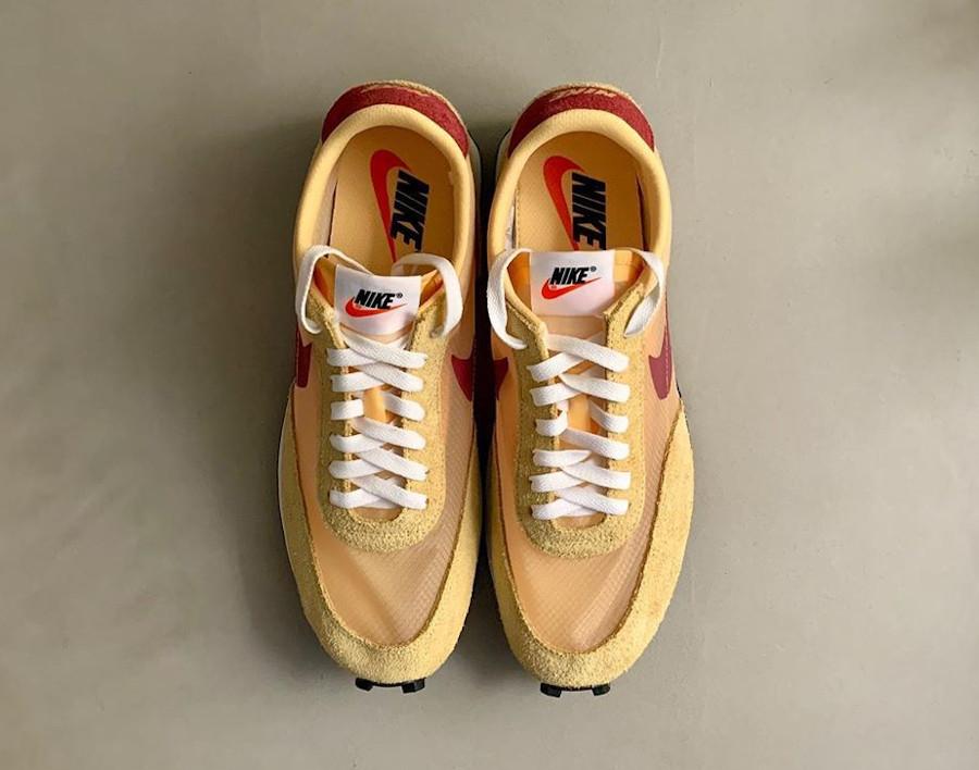 Nike Daybreak SP jaune doré blanche et bordeaux (2)