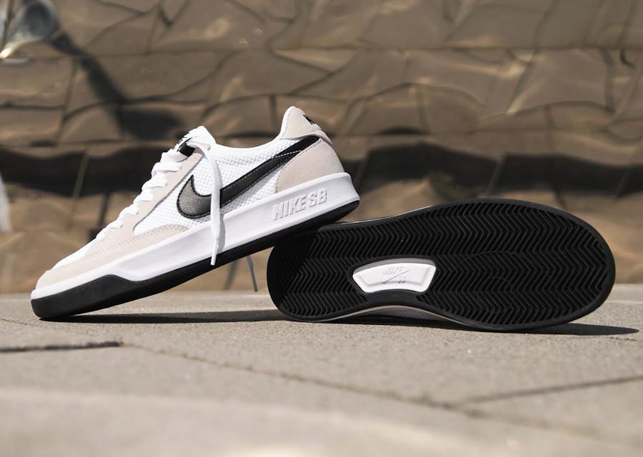Nike SB Adversary blanche et noire (4)