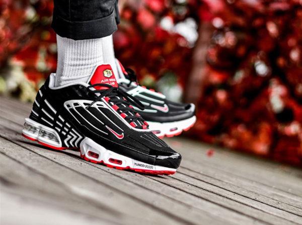 Nike TN Air Max Plus 3 Black White Track Red CJ0601-001