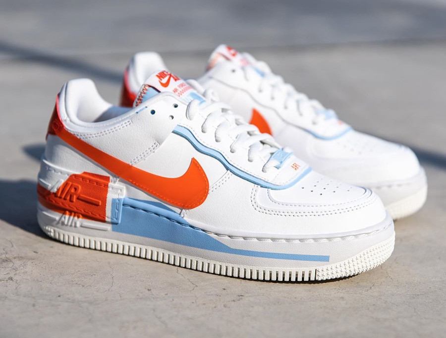 Nike Wmns AF1 Shadow SE Summit White Team Orange Psychic Blue (2)